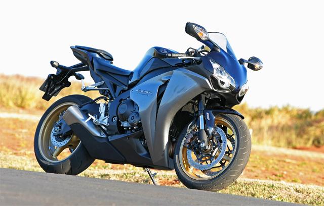 cbr1000repsol09 2 640x408 Nova Honda CBR 1000 RR recebe ABS