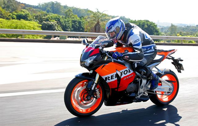 cbr1000repsol09 4 640x408 Nova Honda CBR 1000 RR recebe ABS