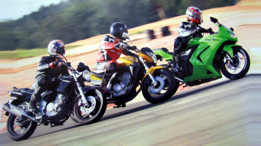 cb fazer ninja lado Comparativo CB 300R x Fazer 250 x Ninja 250 na pista