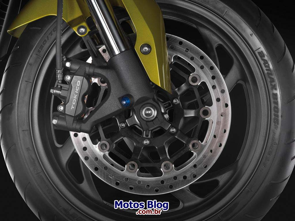 honda cb1000r front disc BOMBA: Adeus Hornet – Honda CB 1000 R em 2011!
